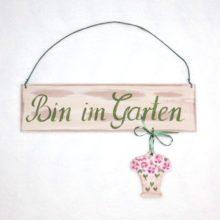 Cassetta Holzschild Bin im Garten 1