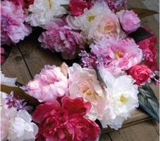 Dekokranz Pfingstrose weiß lila pink Sommer