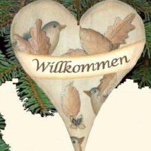 Holzschild Herz Herbst Vogerl Blätter Willkommen La Cassetta