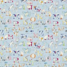 SANDERSON UK Stoff ALPHABET ZOO powder blue Kinderzimmer ABC 1