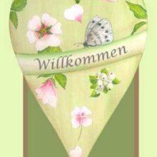 Holzschild Herz Frühling Schmetterling rosa creme grün