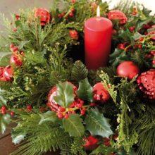 Dekokranz Tanne Ilex Kugeln ROT GRÜN Weihnachten La Cassetta Wien Online Shop