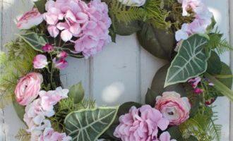 Dekokranz Frühling Sommer Hortensie Ranunkel Rosen pink La Cassetta
